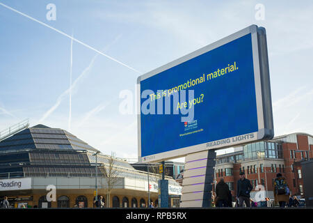 A giant new illuminated LED advertising screen outside Reading Station, Berkshire. - Stock Image