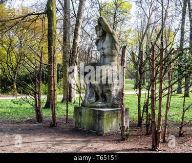 Berlin,Pankow. Weissensee State park, White Lake public park. Sculpture, The Swimmer,  by sculptor Otto Placzekhe, - Stock Image