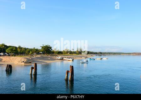 View of the beach by the wharf at Seisia, Cape York Peninsula, Far North Queensland, FNQ, QLD, Australia - Stock Image