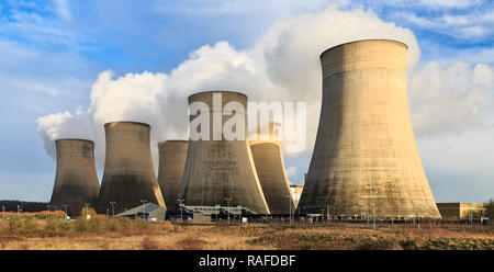 Ratcliffe-on-Soar Power Station, Nottinghamshire - Stock Image