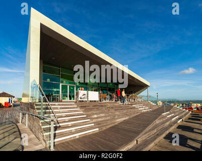 The Royal Pavilion and Salt Cafe, Southend Pier. - Stock Image