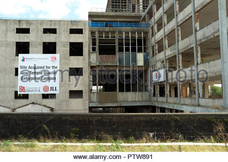 The former Royal Mail sorting office awaiting demolition for redevelopment in to a student campus. Cattle Market Road, next to Temple Meads Station, B - Stock Image