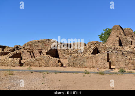 Multi-story House blocks, Aztec Ruins National Monument, New Mexico, USA 180927_69622 - Stock Image