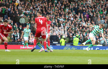Hampden Park, Glasgow, UK. 14th Apr, 2019. Scottish Cup football, semi final, Aberdeen versus Celtic; James Forrest of Celtic makes it 1-0 to Celtic in the 46th minute Credit: Action Plus Sports/Alamy Live News - Stock Image