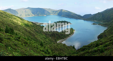 Lagoa do Fogo - the Fire Lake. An old crater lake on The Azorean island São Miguel, Portugal. - Stock Image