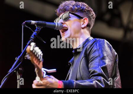 London, UK, 12th July 2015. Sugarmen Outdoor Concert, Kew Gardens Credit:  Robert Stainforth/Alamy Live News - Stock Image