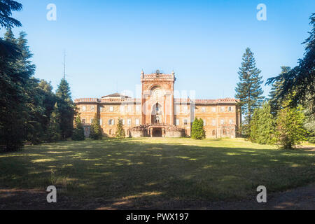 Exterior view of the facade of the abandoned Sammezzano castle in Florence, Tuscany, Italy. - Stock Image