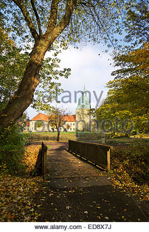 Bridge over creek leads to Fürstenau castle, Lower Saxony, Germany. - Stock Image
