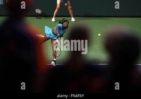 Indian Wells, California, USA. Indian Wells, CA. 13th Mar, 2016. Serena Williams in action against Yulia Putintseva - Stock Image