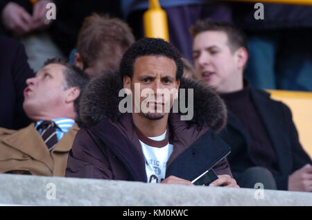 Footballer Rio Ferdinand watching West Ham United play Wolves 25/1/04 - Stock Image