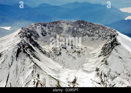 Aerial view from the north of Mount St. Helens volcanic dome inside the crater November 2004 in Washington. The - Stock Image