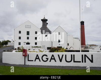 Lagavulin distillery - Stock Image