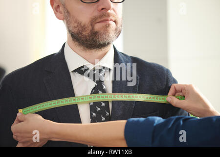 Measuring chest - Stock Image