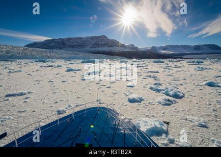 Greenland. Scoresby Sund. Gasefjord. Brash ice and Magga Dan glacier. - Stock Image