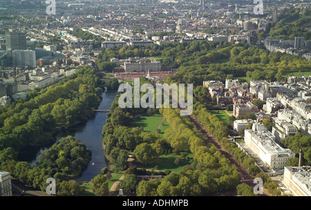 Aerial view of St James's Park in London with Buckingham Palace in the background at the end of the Mall - Stock Image