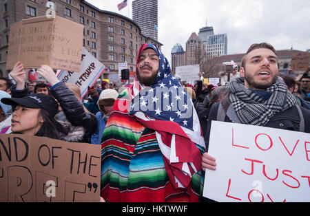 Boston, Massachusetts, USA. 29th January, 2017.  More than 20,000 demonstrators filled Copley Square in central - Stock Image