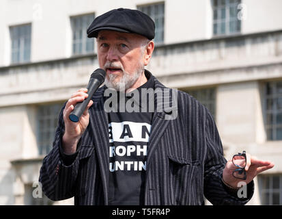 Peter Egan speaking at the London march against trophy hunting and extinction rally at Richmond Terrace, opposite Downing Street, London. - Stock Image