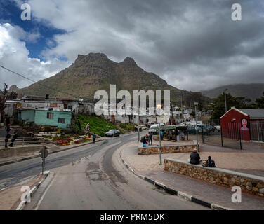 Entrance to Imizamo Yethu, a township, or 'informal settlement' in the Hout Bay area near Cape Town, South Africa - Stock Image
