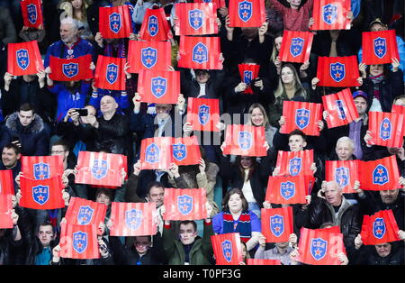 St Petersburg, Russia. 21st Mar, 2019. ST PETERSBURG, RUSSIA - MARCH 21, 2019: HC SKA St Petersburg's supporters cheer in Leg 5 of their 2018/19 KHL Western Conference semi-final playoff tie against HC Lokomotiv Yaroslavl, at the Ledovy Dvorets arena. Alexander Demianchuk/TASS Credit: ITAR-TASS News Agency/Alamy Live News - Stock Image
