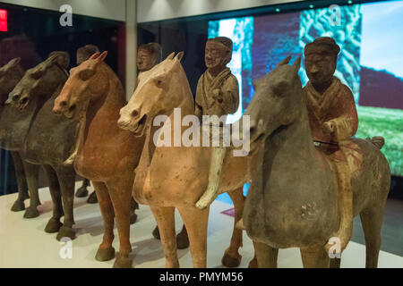 Liverpool William Brown Street World Museum China's First Emperor & The Terracotta Warriors Exhibition soldiers on horseback - Stock Image