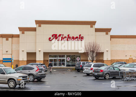 HICKORY, NC, USA-1/3/19: Michaels Stores, Inc. is the largest American arts and crafts retail chain, currently operating more than 1200 stores. - Stock Image