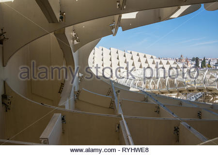 Walkways on top of the Metropol Parasol in Seville - Stock Image