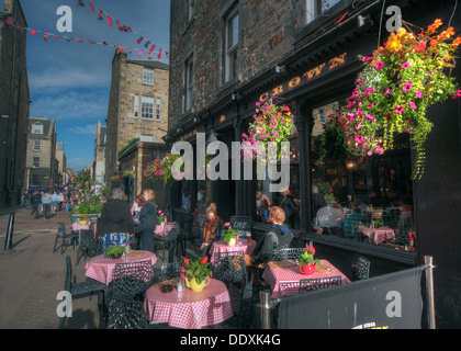 Rose Street,Edinburgh,Scotland,UK a place to drink,eat,party - The Crown Bar - Stock Image