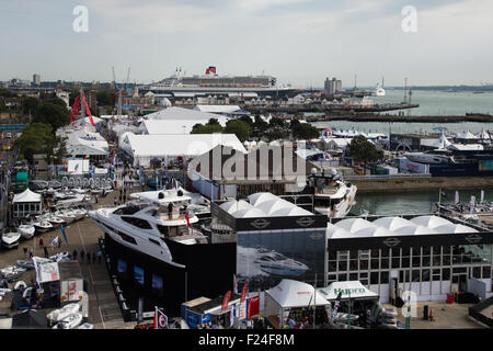 Southampton, UK. 11th September 2015. Southampton Boat Show 2015. A general view of the boat show exhibition area - Stock Image