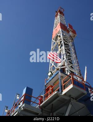 A natural gas rig drills in Garfield County Colorado. Colorado produces more than 5% of the natural gas production - Stock Image