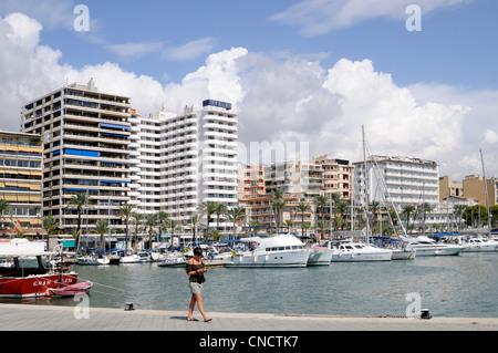 Gebäude und Hafen der Hauptstadt Palma, Mallorca, Spanien.   Buildings and port of capital city Palma, Majorca, - Stock Image