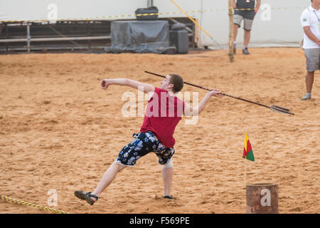 Palmas, Brazil. 27th Oct, 2015. A contestant from Finland throws the lance at the International Indigenous Games, - Stock Image