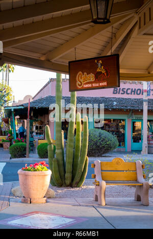 Stores and cactus n Old Town Scottsdale, Scottsdale, Phoenix, Arizona, USA - Stock Image