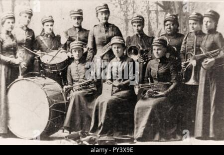 Canada. Salvation Army Lassies Band, 1895. - Stock Image