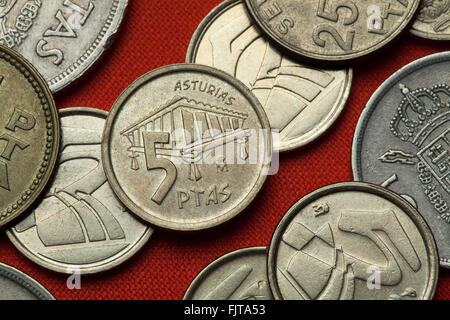 Coins of Spain. Traditional Asturian granary called horreo depicted in the Spanish five peseta coin (1995). - Stock Image