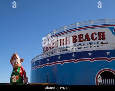 The Pleasure Beach in Great Yarmouth, Norfolk, England, UK - Stock Image