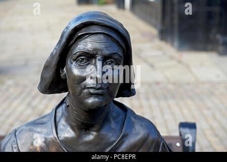 Bronze sculpture of Mother Shipton, Knaresborough, North Yorkshire, England UK - Stock Image