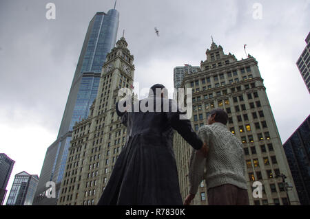 Abraham Lincoln seen with Trump Tower in the foreground - Stock Image