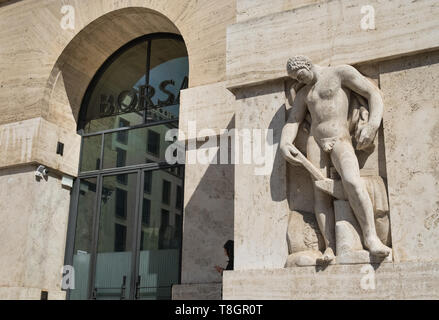 Exterior section of Milan Borsa, Italian Stock Exchange building, Palazzo Mezzanotte, Milan, Lombardy, Italy. - Stock Image