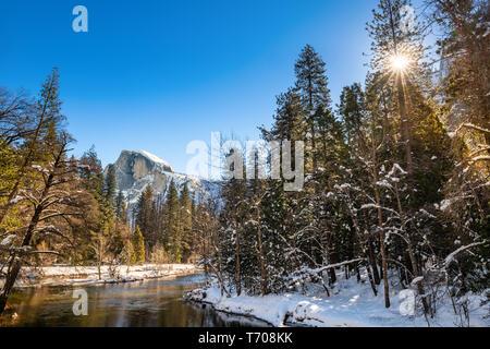 Winter views of spectacular Yosemite National Park - Stock Image
