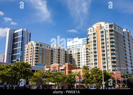 Fort Lauderdale Ft. Florida downtown building Camden Condominium offices high-rise street cars traffic tunnel entrance cityscape - Stock Image