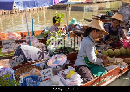 Tha Kha Floating Market - Stock Image