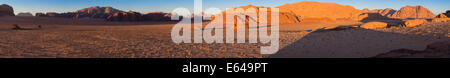 Sunset, Wadi Rum desert, Jordan - Stock Image