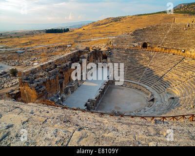 The roman theatre at Hierapolis - Stock Image
