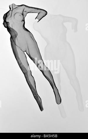 floating female nude sculpture david begbie - Stock Image