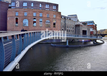 New pedestrian bridge between Castle Park and Welsh Back Bristol floating harbour city centre, England - Stock Image