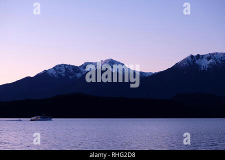 Night view of Lake Te Anau, South Island New Zealand - Stock Image