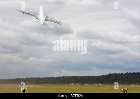 Airbus A380-800 taking off and kicking up a dust storm at Farnborough International Airshow 2008 UK - Stock Image