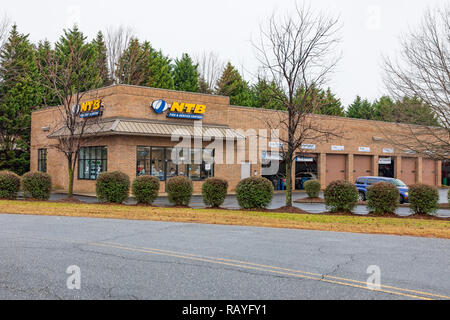 HICKORY, NC, USA-1/3/19: NTB, National Tire and Battery, is an American auto service center, spun off from Sears in 2003. - Stock Image