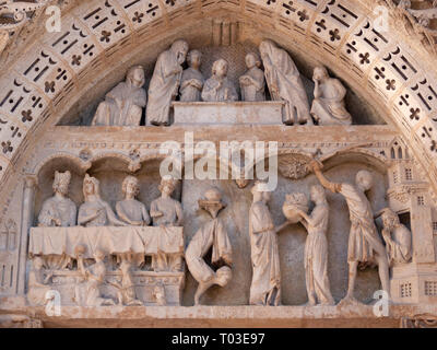 Porte St-Jean, Rouen Cathedral, 12th century tympanum showing the martyrdom of St. John the Baptist - Stock Image