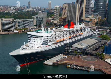 MS Queen Mary 2 moored at the Ocean Treminal, Circulay Quay, Sydney, Australia - Stock Image